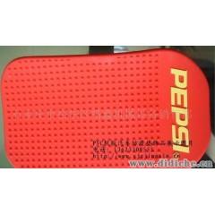 供应饰品-PVC软胶汽车装饰品防滑垫