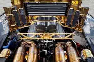 迈凯轮将F1的V12改装成宝马M5货车试验用骡子